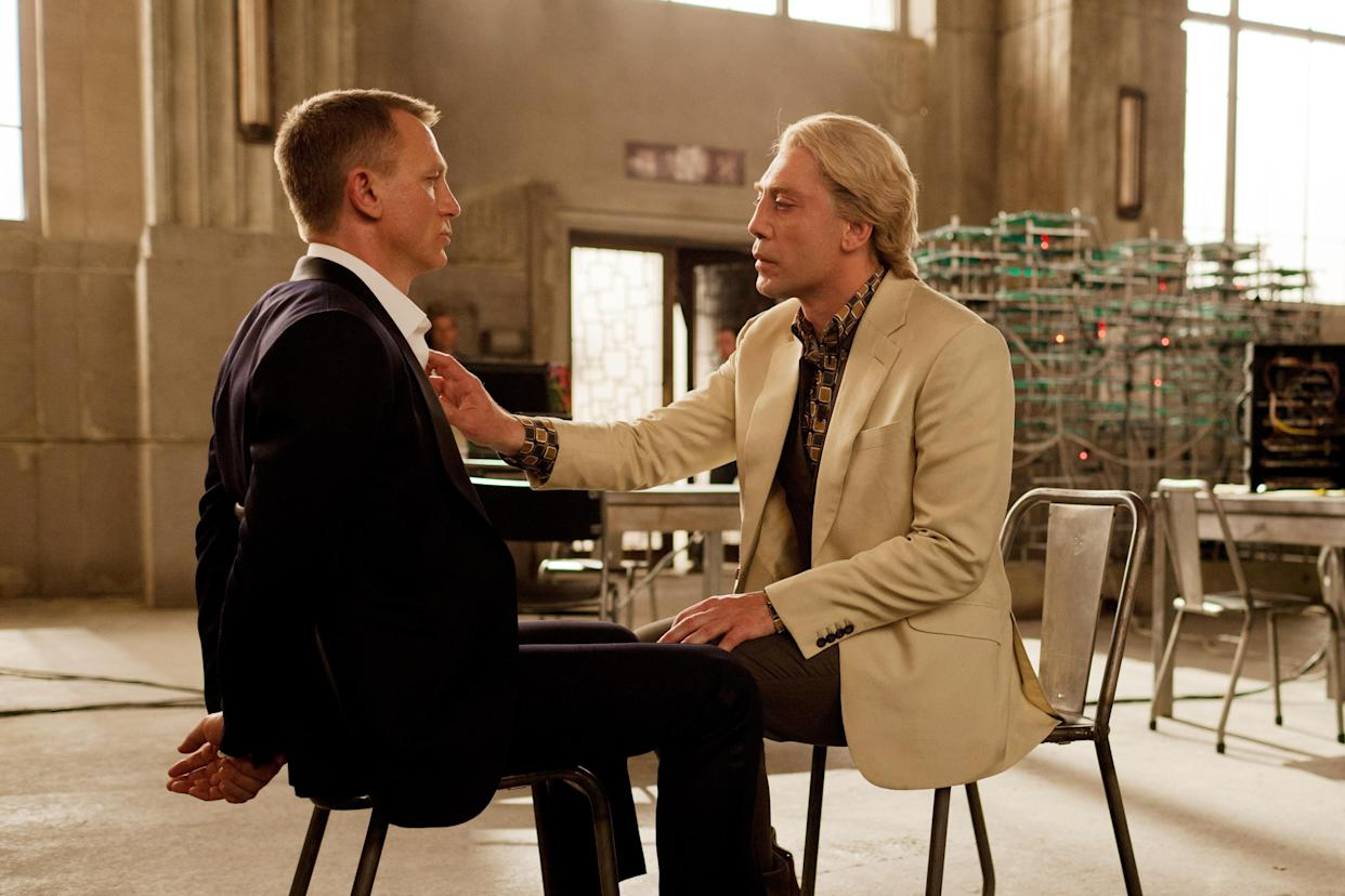 Craig and Javier Bradem in a memorable scene from 2014's Skyfall (Photo: Francois Duhamel/©Columbia Pictures/courtesy Everett Collection)