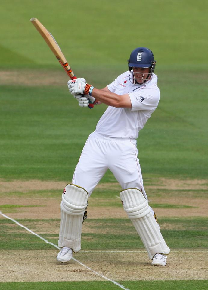 Skipper Andrew Strauss struck a brilliant 161 as England got off to a brilliant start.