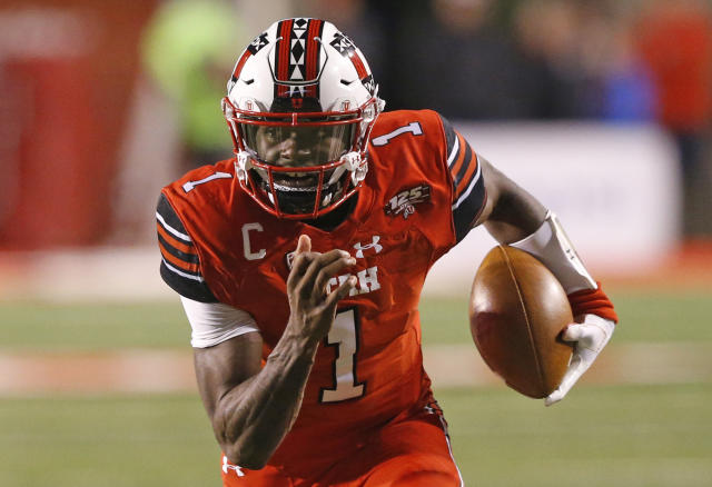 FILE - In this Oct. 12, 2018, file photo, Utah quarterback Tyler Huntley (1) carries the ball against Arizona during the first half of an NCAA college football game in Salt Lake City. The big question facing Utah when it hosts Oregon is whether Jason Shelley can pick up where Tyler Huntley left off. Shelley, a redshirt freshman, will make his first career start Saturday against the Ducks in place of Huntley, who broke his collarbone late in the third quarter of Utah's 38-20 loss last week to Arizona State. (AP Photo/Rick Bowmer, File)