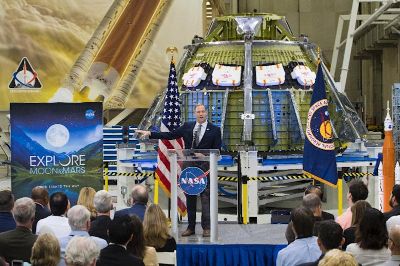 NASA Administrator Jim Bridenstine talks to employees about the agency's progress toward sending astronauts to the Moon and on to Mars at the Kennedy Space Center (AFP Photo/Aubrey GEMIGNANI)