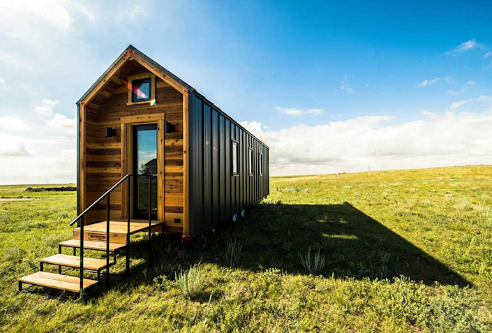 """<p>Dubbed the Farallon, this tiny house from Tumbleweed Tiny House Company comes in two sizes (20 feet and 26 feet) and features a stylish farmhouse-style interior.<br></p><p><a class=""""link rapid-noclick-resp"""" href=""""https://go.redirectingat.com?id=74968X1596630&url=https%3A%2F%2Fwww.tumbleweedhouses.com%2Ftumbleweed-models%2Ffarallon%2F%23%21&sref=https%3A%2F%2Fwww.oprahdaily.com%2Flife%2Fg35047961%2Ftiny-house%2F"""" rel=""""nofollow noopener"""" target=""""_blank"""" data-ylk=""""slk:SHOP NOW"""">SHOP NOW</a> <a class=""""link rapid-noclick-resp"""" href=""""https://go.redirectingat.com?id=74968X1596630&url=https%3A%2F%2Fwww.tumbleweedhouses.com%2Ftiny-houses-for-sale%2Ffarallon%2F%23%21&sref=https%3A%2F%2Fwww.oprahdaily.com%2Flife%2Fg35047961%2Ftiny-house%2F"""" rel=""""nofollow noopener"""" target=""""_blank"""" data-ylk=""""slk:SEE INSIDE"""">SEE INSIDE</a></p>"""