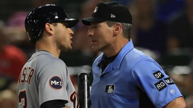 Ian Kinsler arguing with umpire Angel Hernandez last week. (AP)