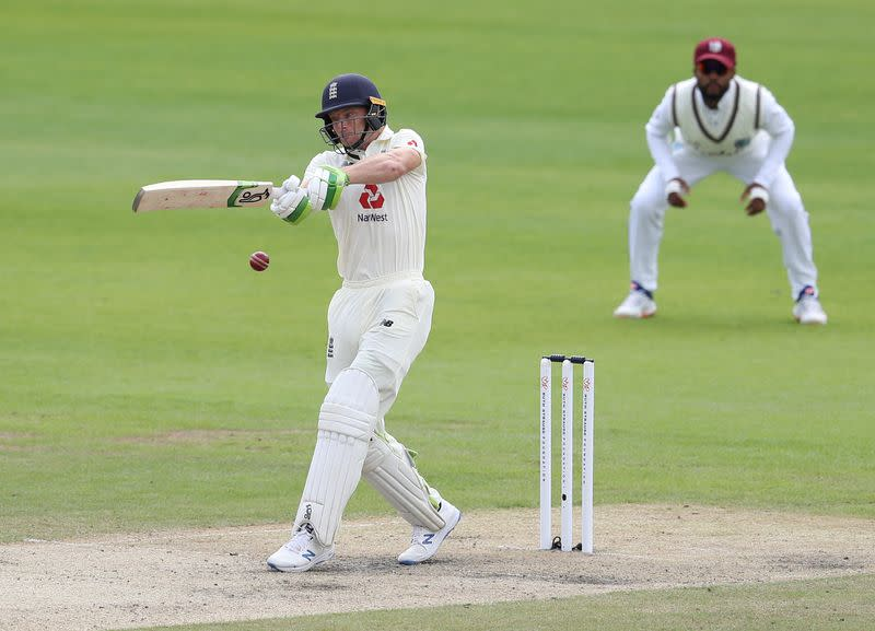 England's Buttler admits feeling the pressure over test place