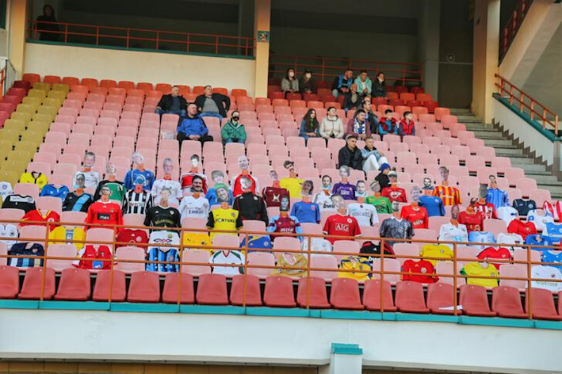 Belarusian Football Club Puts Mannequins in Stands as Fans Stay Away