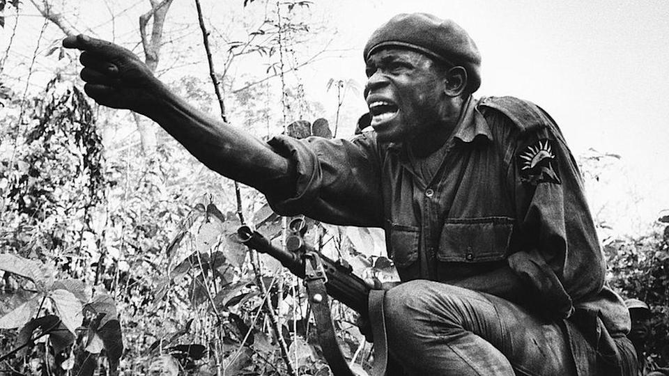 Africa, Nigeria civil war, Biafra, at the front line, young officer ordering an attack.