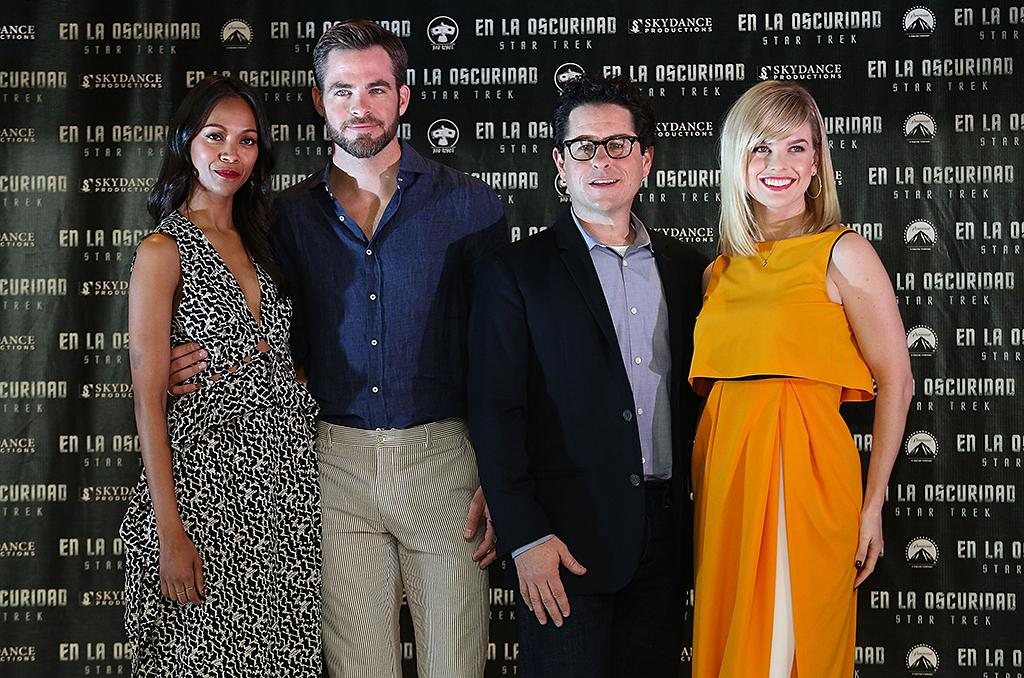 "MEXICO CITY, MEXICO - MAY 07:  (L-R) Actress Zoe Saldana, actor Chris Pine, film director J.J. Abrams and actress Alice Eve attend a photocall to promote the new film ""Star Trek Into Darkness"" at Four Seasons Hotel on May 7, 2013 in Mexico City, Mexico.  (Photo by Victor Chavez/WireImage)"
