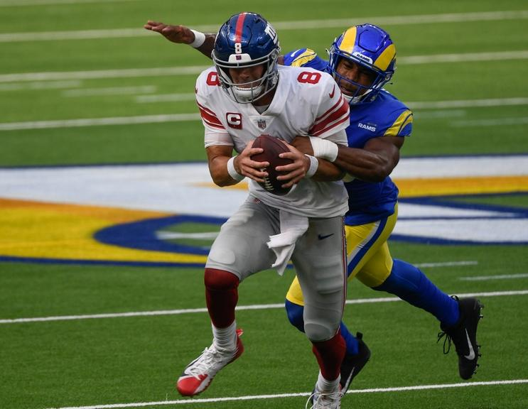 Daniel Jones has struggled but here's why Giants' offensive woes are not  all his fault