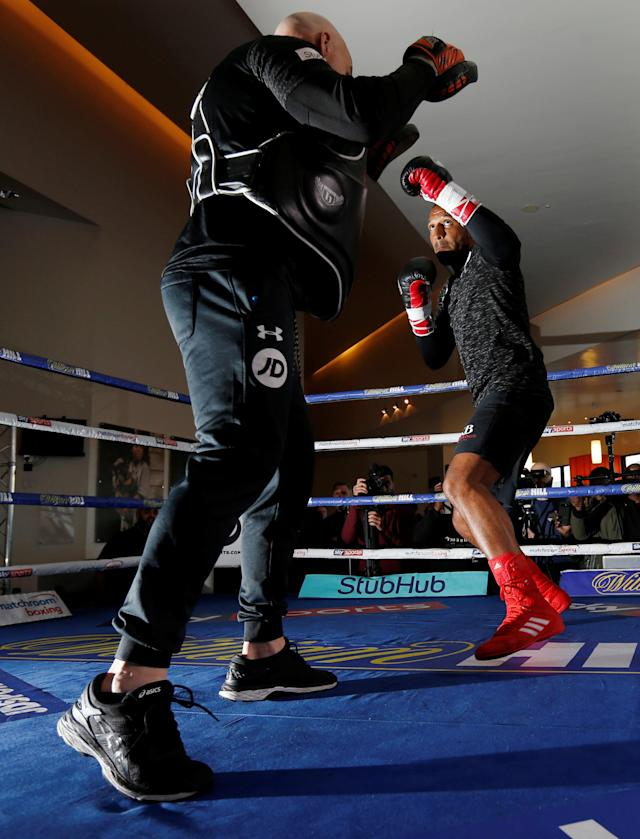 Boxing - Kell Brook Public Work-Out - Crucible Theatre, Sheffield, Britain - February 15, 2018 Kell Brook during his work-out with trainer Dominic Ingle Action Images via Reuters/Ed Sykes