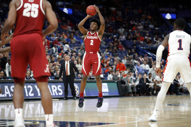 Alabama's Collin Sexton shoots during the second half in a game against Auburn at the Southeastern Conference tournament. (AP)