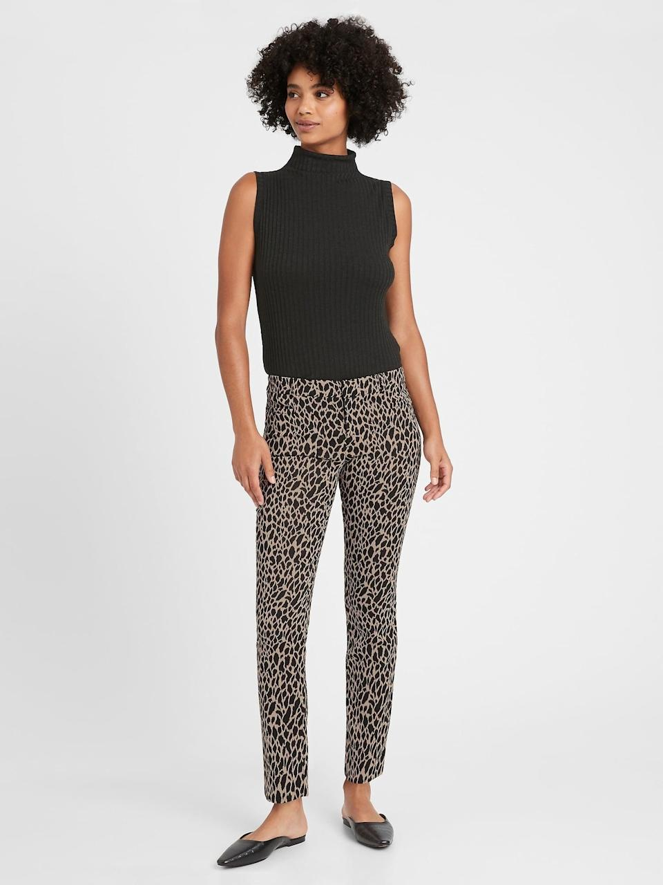 <p>These giraffe print <span>Banana Republic Mid-Rise Skinny Sloan Pant</span> ($57, originally $99) are the definition of party pants! Grab these statement pants as they make an outfit!</p>