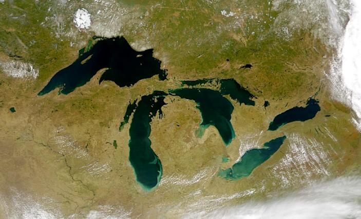 In honour of Great Lakes Awareness Day, here are 10 Great Lakes facts