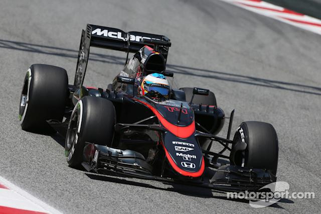 "McLaren MP4-30 (2015) <span class=""copyright"">XPB Images</span>"