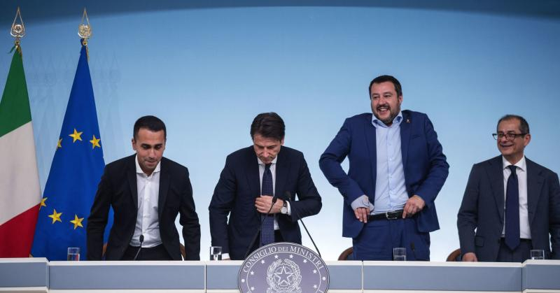 Deputy Prime Minister and Labour Minister Luigi di Maio(L), Italian Prime Minister Giuseppe Conte(2L), Italian deputy Prime Minister and Interior Minister Matteo Salvini(2R) and Italian Economy and Finances Minister Giovanni Tria(R) hold a press conference on the Italian budget on October 15, 2018 in Rome, Italy.