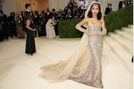 <p>Yara Shahidi made a statement on the red carpet in a Christian Dior gown, channeling French activist and entertainer Josephine Baker. </p>