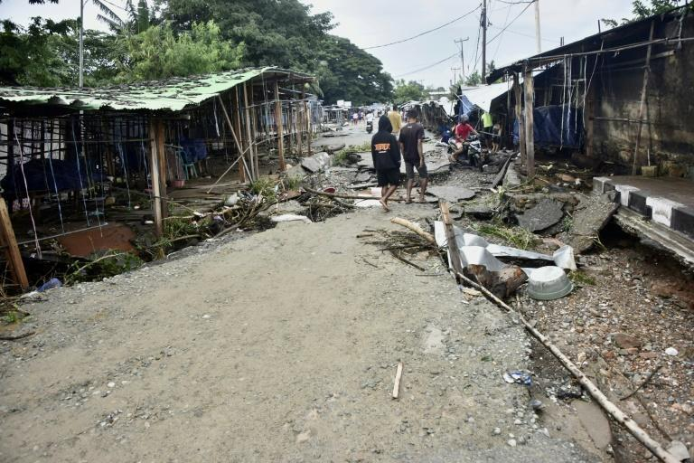 Heavy rains and strong winds also lashed East Timor's capital Dili, causing extensive flooding