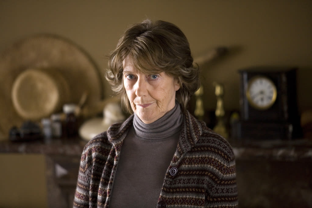 """<a href=""""http://movies.yahoo.com/movie/contributor/1800025166"""">Eileen Atkins</a> in Overture Films' <a href=""""http://movies.yahoo.com/movie/1809942736/info"""">Last Chance Harvey</a> - 2008"""