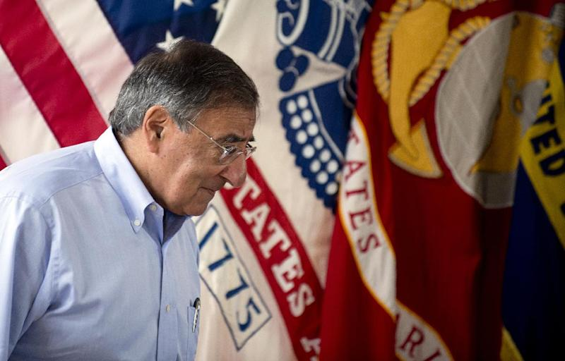 US Secretary of Defense Leon Panetta arrives to speak to troops at Pacific Command in Honolulu, Hawaii, Thursday, May 31, 2012. (AP Photo/Jim Watson, Pool)