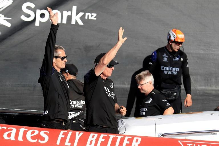 Team New Zealand reeled off five wins in a row to take the trophy