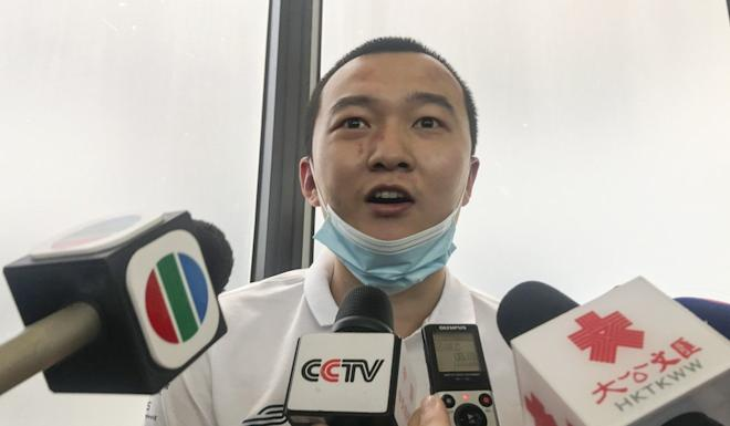 Global Times reporter Fu Guohao talks to the media after being discharged from Princess Margaret Hospital. Photo: Elizabeth Cheung