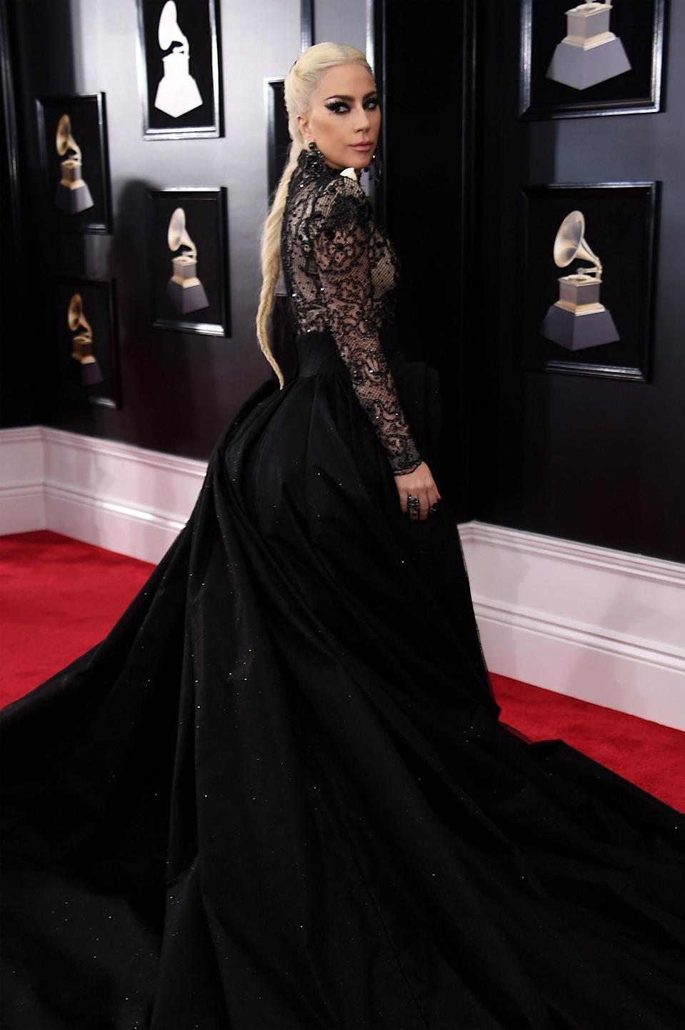 """<h1 class=""""title"""">Lady Gaga in Armani and Lorraine Schwartz jewelry</h1><cite class=""""credit"""">Photo: Getty Images</cite>"""