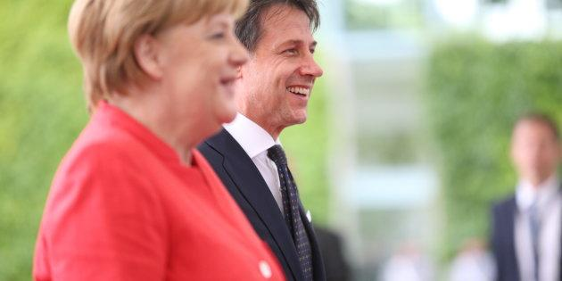 WILLY-BRANDT-STRA簿聶翻 1, 10557 BERLIN, BERLIN, BERLIN-TIERGARTEN, GERMANY - 2018/06/18: Chancellor Angela Merkel welcomes the new Italian Prime Minister Guiseppe Conte with military honors in the Federal Chancellery. The photo shows Angela Merkel and Guiseppe Conte in the courtyard of the Federal Chancellery. (Photo by Simone Kuhlmey/Pacific Press/LightRocket via Getty Images)