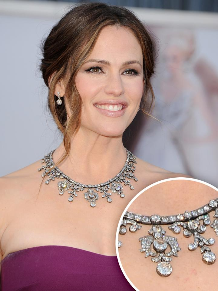 Jennifer Garner arrives at the Oscars in Hollywood, California, on February 24, 2013.