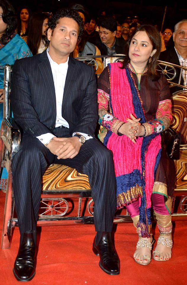 Sachin Tendulkar with wife Anjali at the 2014 Umang Police Show in Mumbai, January 20, 2014.