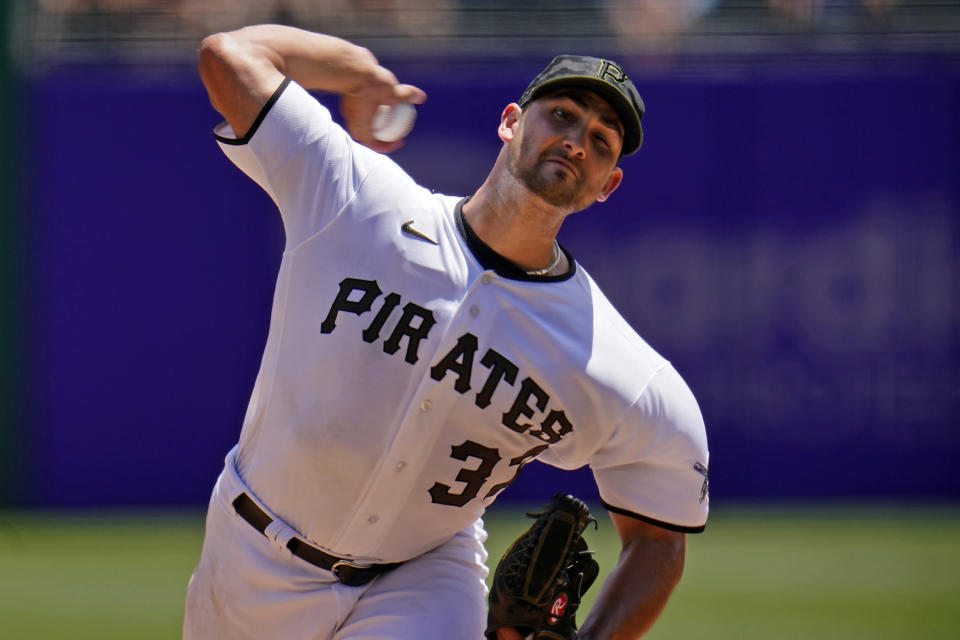 Pittsburgh Pirates starting pitcher Chase De Jong delivers during the second inning of a baseball game against the Chicago White Sox in Pittsburgh, Wednesday, June 23, 2021. (AP Photo/Gene J. Puskar)