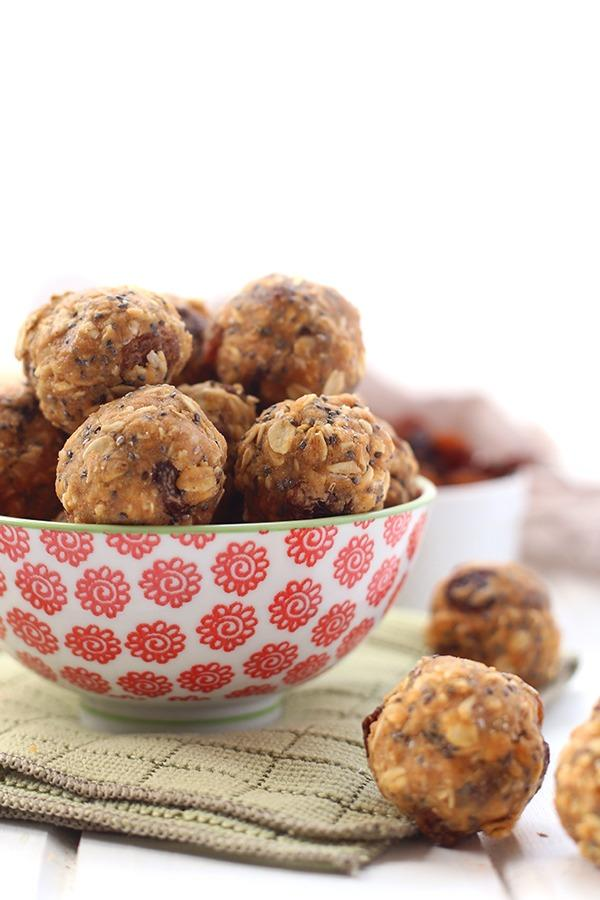 High Protein Vegetarian Meals No-Bake Oatmeal Protein Energy Balls
