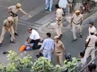 Delhi Police, tempo driver street fight turns political; BJP unhappy with Akali Dal MLA's outburst against Centre, cops