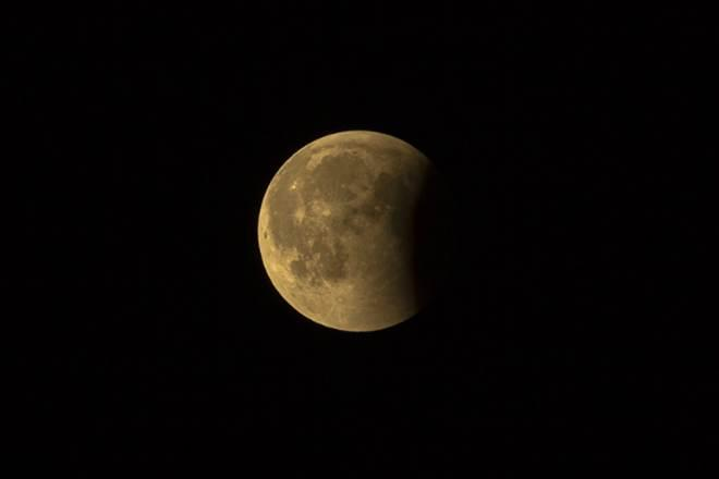 lunar eclipse 2020, penumbral lunar eclipse, wolf moon eclipse, lunar eclipse timings, difference between lunar and solar eclipse, lunar eclipse vs solar eclipse, lunar eclipses in 2020, places lunar eclipse visible, 2020 lunar eclipse in india