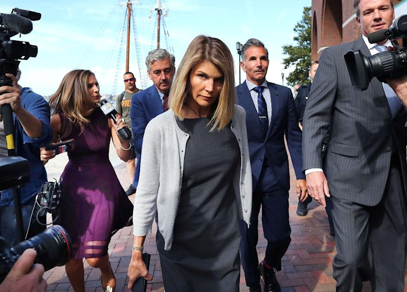 Lori Loughlin leaves the John Joseph Moakley United States Courthouse in Boston on Aug. 27. (Photo: John Tlumacki/The Boston Globe via Getty Images)