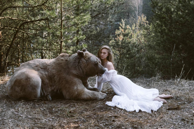 "<p>Olga said: ""I've always had this idea of photographing people together with the animals, and a couple years ago I saw a TV show about Stepan."" (Photo: Olga Barantseva/Caters News) </p>"