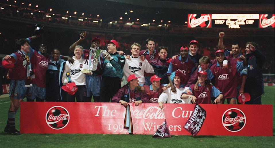 Aston Villa team celebrate after winning the Coca Cola Cup in 1996