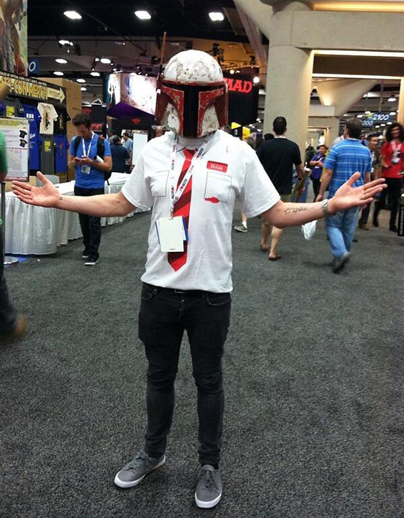 """<p>Pegg tweeted this image of his costume mashup of Boba Fett and his own character from <i>Shaun of the Dead</i> saying """"Hiding in the light. Walking the convention floor at #SDCC 2013."""" <i><a href=""""https://twitter.com/jrsydevyl/status/358400615610728450"""" rel=""""nofollow noopener"""" target=""""_blank"""" data-ylk=""""slk:(Photo: @simonpegg/Twitter)"""" class=""""link rapid-noclick-resp"""">(Photo: @simonpegg/Twitter)</a></i></p>"""