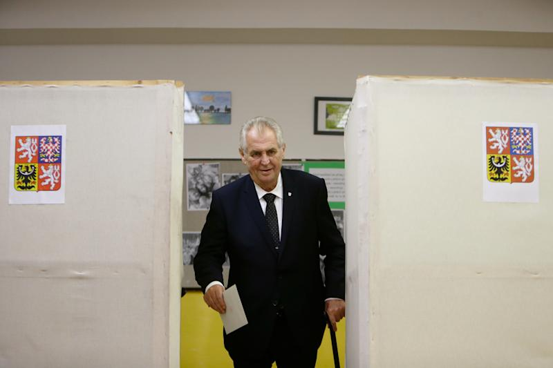 Czech President Milos Zeman casts his vote in parliamentary elections at a polling station in Prague on Oct. 20, 2017. (David W Cerny/Reuters)