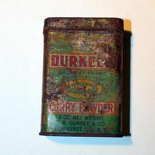 <p>This Durkees Curry Powder tin was found in the floorboards of an apartment in 2008. (Photo: Caters News) </p>