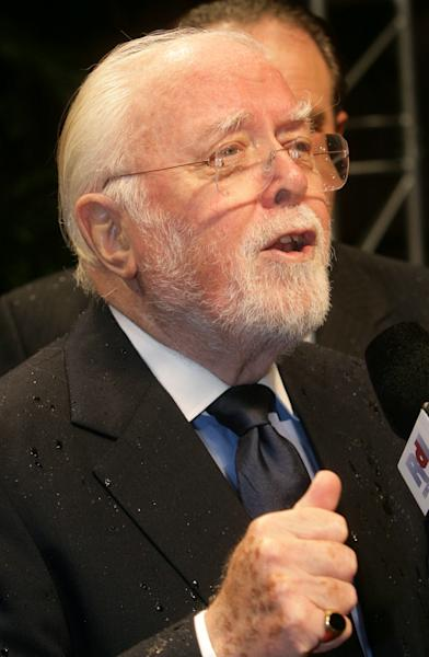 British director Sir Richard Attenborough arrives for the opening of the 34th Flanders International Film Festival, October 9, 2007 in Gent, Belgium (AFP Photo/Lieven van Assche)