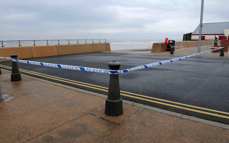 Police attend after a woman and toddler were abducted on a Redcar seafront - Credit: Peter Reimann /Evening Gazette