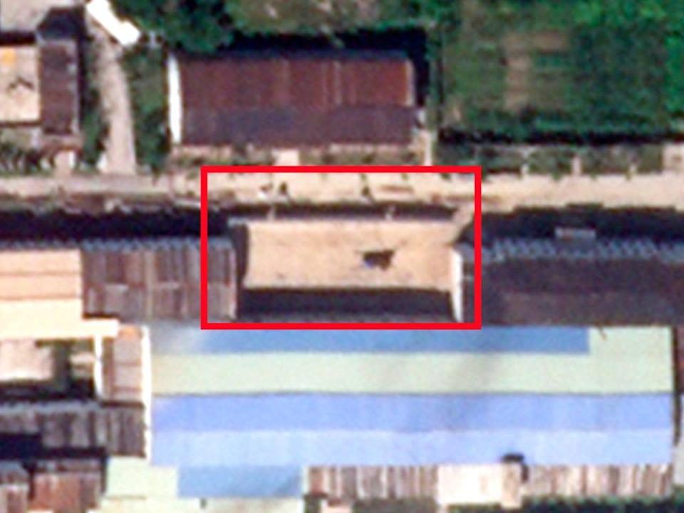 Construction site highlighted, with current uranium enrichment building below (AP/The Independent)