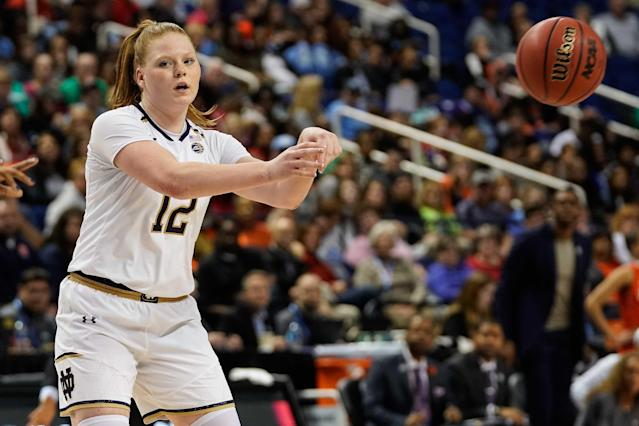 """<a class=""""link rapid-noclick-resp"""" href=""""/ncaaw/teams/notre-dame/"""" data-ylk=""""slk:Notre Dame Fighting Irish"""">Notre Dame Fighting Irish</a> guard Abby Prohaska will be out indefinitely with blood clots.(Jim Dedmon-USA TODAY Sports)"""