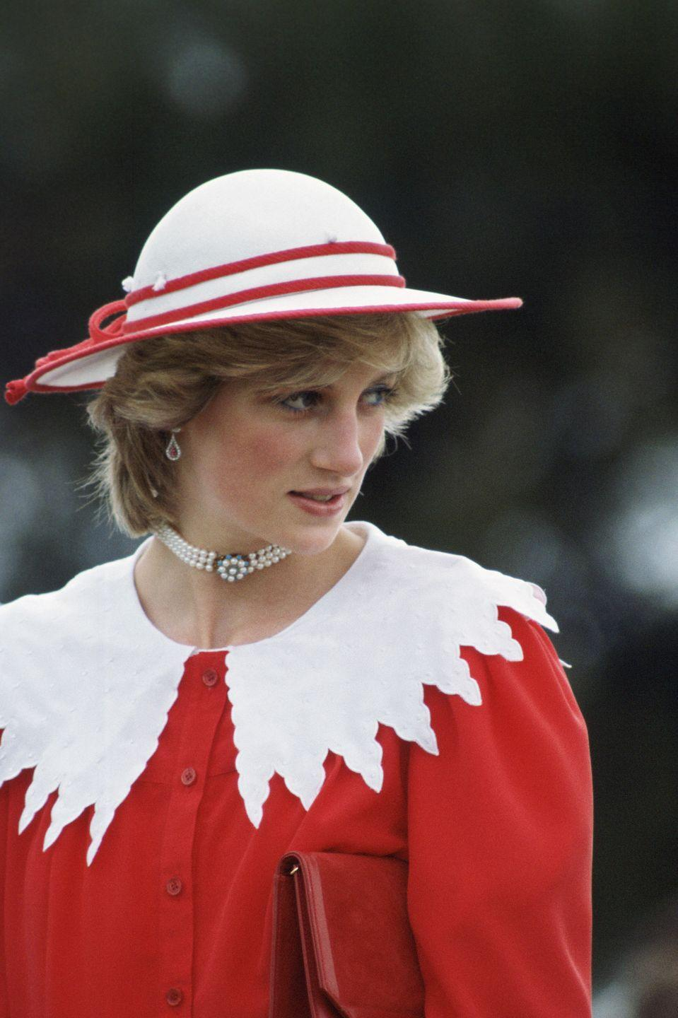 <p>Unfortunately for us, <em>The Crown</em> wasn't able to recreate every single one of Diana's lewks—including this one where she paired a giant collared dress with the Spencer Family Pearl Choker (given to her on her 18th birthday).</p>