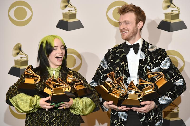 LOS ANGELES, CALIFORNIA - JANUARY 26: Billie Eilish and Finneas O'Connell attend the 62nd Annual Grammy Awards - Press Room at Staples Center on January 26, 2020 in Los Angeles, California. (Photo by David Crotty/Patrick McMullan via Getty Images)