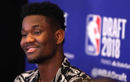 NEW YORK, NY - JUNE 20: NBA Draft Prospect Deandre Ayton speaks to the media before the 2018 NBA Draft at the Grand Hyatt New York Grand Central Terminal on June 20, 2018 in New York City. (Photo by Mike Lawrie/Getty Images)