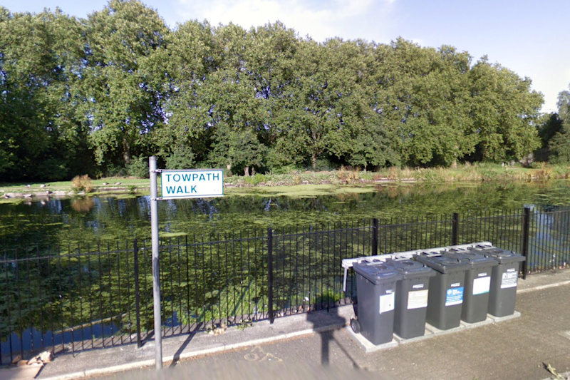 Hackney: The man was found stabbed to death in Towpath Walk: Google