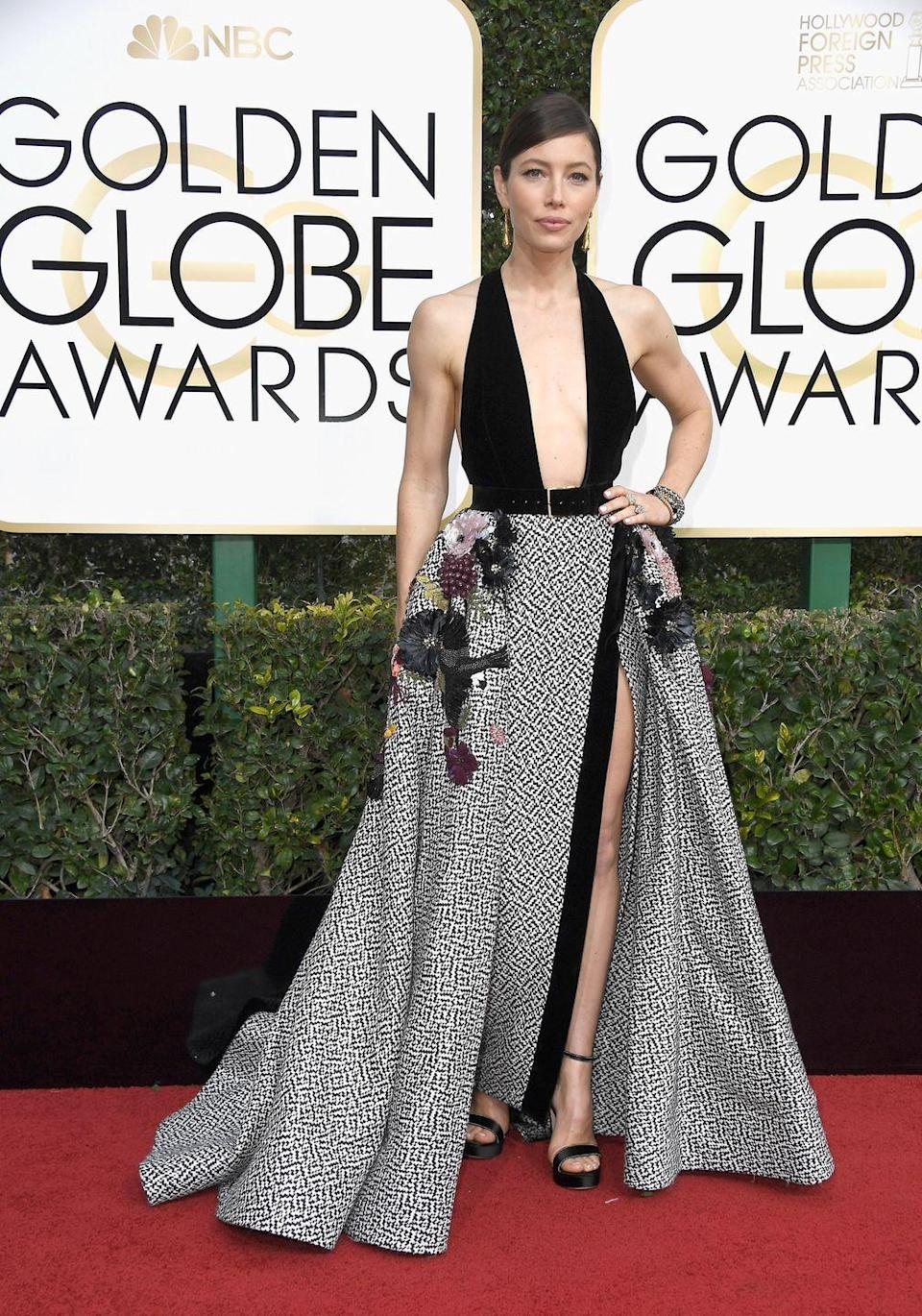 <p>In 2017, the actress opted for a daring neckline with her Giambattista Valli gown. </p>