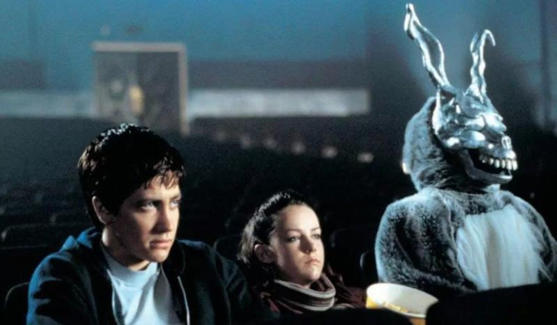 Jake Gyllenhaal and Jena Malone both had breakout roles in in 'Donnie Darko' (20th Century Fox)