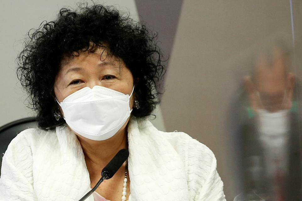 Doctor Nise Yamaguchi attends a meeting of the Parliamentary Inquiry Committee (CPI) to investigate government actions and management during the coronavirus disease (COVID-19) pandemic, at the Federal Senate in Brasilia, Brazil June 1, 2021. REUTERS/Adriano Machado