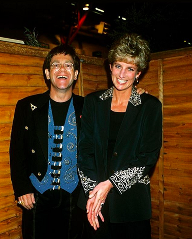 "<p>""20 years ago today, the world lost an angel. #RIP,"" the singer captioned this old photo, as he remembered his <a href=""https://www.yahoo.com/celebrity/princess-diana-celebrity-friends-slideshow-wp-134914711.html"" data-ylk=""slk:very good friend"" class=""link rapid-noclick-resp"">very good friend</a> Princess Diana on the <a href=""https://www.yahoo.com/celebrity/paparazzi-laws-changed-since-princess-dianas-death-001001650.html"" data-ylk=""slk:anniversary of her death"" class=""link rapid-noclick-resp"">anniversary of her death</a>. (Photo: <a href=""https://www.instagram.com/p/BYcwDmEnW7k/?taken-by=eltonjohn"" rel=""nofollow noopener"" target=""_blank"" data-ylk=""slk:Elton John via Instagram"" class=""link rapid-noclick-resp"">Elton John via Instagram</a>) </p>"