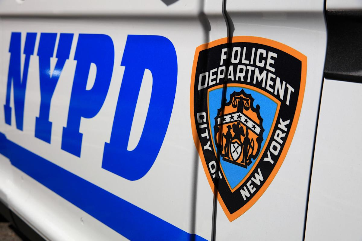 , Off-duty NYPD cop shoots her girlfriend and another woman after finding them in bed, killing one of them, sources say, The Evepost National News